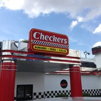 Photo taken at Checkers by Hector V. on 9/14/2013