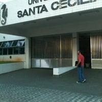 Photo taken at Universidade Santa Cecília (Unisanta) by Teixeira V. on 2/20/2013