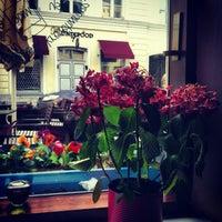 Снимок сделан в Cafe och Bar Popular пользователем Вера 5/25/2013