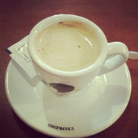Foto tomada en Cafenet del Segó por Estela O. el 2/7/2013
