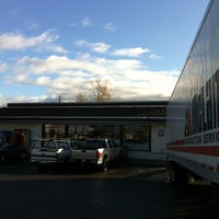 Photo taken at 7-Eleven by Kenneth F. on 12/29/2012