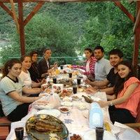 6/30/2013 tarihinde 🍀Elfideziyaretçi tarafından Ornaz Vadi Restaurant'de çekilen fotoğraf