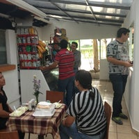 Photo taken at Comedor Cablemás by Gerardo D. on 6/6/2013