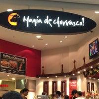 Foto tirada no(a) Mania de Churrasco por Nayara Caroline F. em 12/30/2012