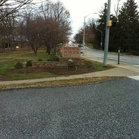 Foto diambil di Friends School of Baltimore oleh Meghan R. pada 1/2/2013