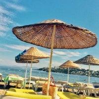 Photo taken at Butik Han Beach Otel by Sercan A. on 9/22/2016