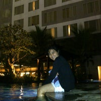 Photo taken at Swimming Pool Mercure by Desy D. on 7/6/2013