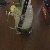 5/7/2017 tarihinde Ozan A.ziyaretçi tarafından Küfelik Pub & Bistro'de çekilen fotoğraf