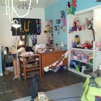 Foto tirada no(a) Urban Craft Headquarters por Robert D. em 1/12/2013