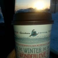 Foto tirada no(a) Caribou Coffee por Amanda W. em 12/5/2013
