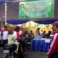 Photo taken at Universitas Negeri Makassar by Ratna S. on 8/18/2013