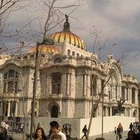 Foto tomada en Plaza Juárez por Aurea V. el 12/27/2012