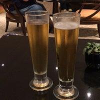 Foto tirada no(a) Royal Club Lounge por ちっぴー em 10/13/2017