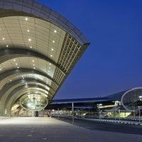3/4/2013 tarihinde Alexandr G.ziyaretçi tarafından Dubai Uluslararası Havalimanı (DXB)'de çekilen fotoğraf