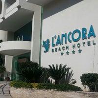 Foto tomada en Lancora Beach Resort por Elif-Osman D. el 3/1/2013