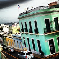 Photo taken at Calle Sol by Ricky F. on 6/6/2013