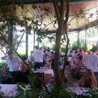 7/29/2014 tarihinde Nilgün K.ziyaretçi tarafından Köyüm Bahçe Restaurant'de çekilen fotoğraf