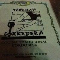 Foto tomada en Taberna Corredera por 🔱Fatih A. el 6/30/2013
