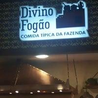 Photo taken at Divino Fogão Comida típica da Fazenda by Carlos Roberto S. on 11/12/2013