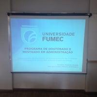Photo taken at Universidade Fumec - Mestrado by Ronielton Rezende Oliveira on 10/5/2017