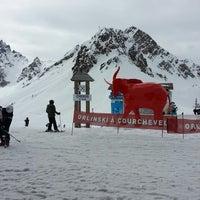 Photo taken at Piste du Chenus (2243m) by Саня Ш. on 3/7/2013