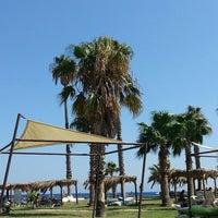 7/27/2013にKübra S.がAspat Beachで撮った写真