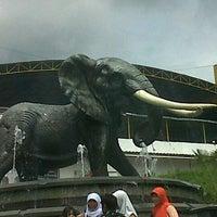 Photo taken at Kampung Gajah Wonderland by Ayu Nova R. on 12/31/2012