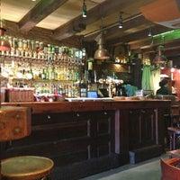 Das Foto wurde bei Molly Malone's Irish Pub von Guilherme T. am 7/2/2013 aufgenommen