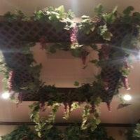 Photo taken at Olive Garden by Bethany V. on 12/20/2012