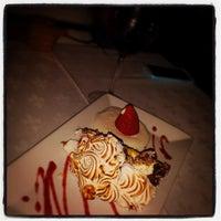 Foto tomada en Rare Steakhouse por Derek Z. el 8/31/2014