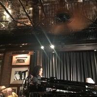 Foto scattata a The Bamboo Bar da Tawanshine S. il 8/19/2018