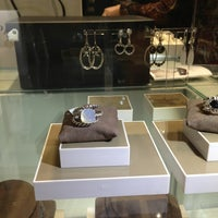 Photo taken at REEDS Jewelers by Wil L. on 12/26/2012