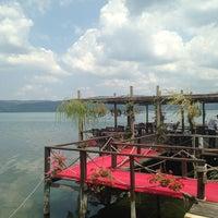7/31/2013 tarihinde Buğrahanziyaretçi tarafından Bacce Restaurant'de çekilen fotoğraf