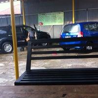 Photo taken at Basecamp car wash by Andhika Putra Pratama H. on 4/27/2014