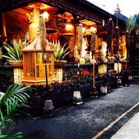 Photo taken at Rumah Makan TAMAN SARI Bedugul, Bali by taman sari RM bedugul p. on 11/16/2014