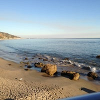 Photo taken at Malibu Beach Inn by Gordon on 11/5/2012