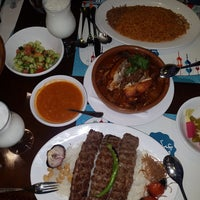 Photo taken at Samad Iraqi Restaurant مطعم صمد العراقي by Mohammad J. on 6/25/2017