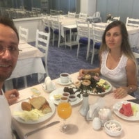 8/22/2017 tarihinde Emrahziyaretçi tarafından çimenoğlu mavi restaurant'de çekilen fotoğraf