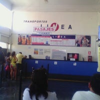 Photo taken at Transportes Línea by Ronel C. on 1/28/2014