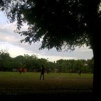 Photo taken at Lapangan kompleks unhas barayya by Imha B. on 10/28/2013