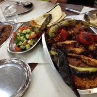 5/5/2013 tarihinde Gülşen Ş.ziyaretçi tarafından Şanlıurfa Zaman Ciğer ve Kebap Salonu'de çekilen fotoğraf