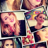 Photo taken at Tiara Hair Design & Beauty by Pınar Y. on 11/20/2013