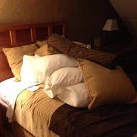 Photo taken at Arrowwood Resort by Christopher H. on 8/9/2013