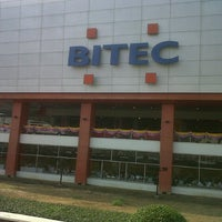 Photo taken at BITEC by ศราวุธ ส. on 1/29/2013