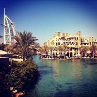 Foto diambil di Al Qasr Hotel oleh Nikolay L. pada 10/9/2012