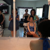 Photo taken at Capelli Estética by Lluvia G. on 5/18/2013