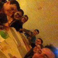Photo taken at Vídeo Pizzaria e Restaurante by Getulio R. on 5/25/2014