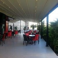7/6/2013 tarihinde Rasim A.ziyaretçi tarafından Kampüs Cafe'de çekilen fotoğraf