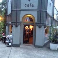 Foto tomada en Cafe Castagna por Wine R. el 8/28/2013