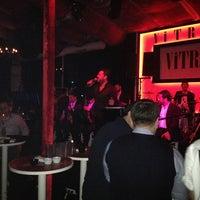 3/13/2013 tarihinde Vezire C.ziyaretçi tarafından Vitrin Club'de çekilen fotoğraf